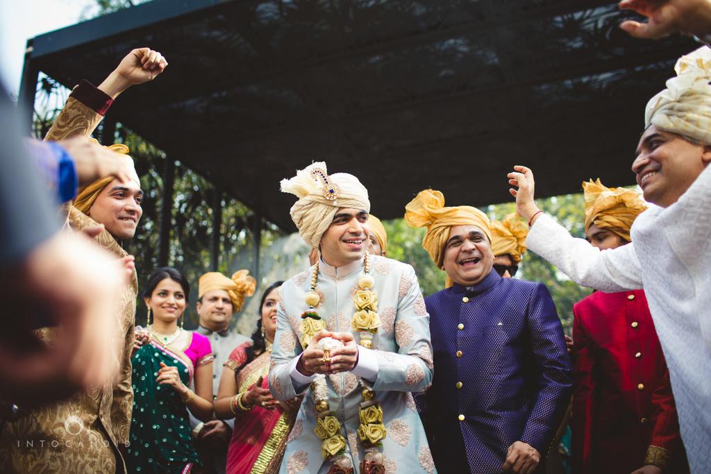 saharastar-mumbai-hindu-wedding-photography-intocandid-ma-30.jpg