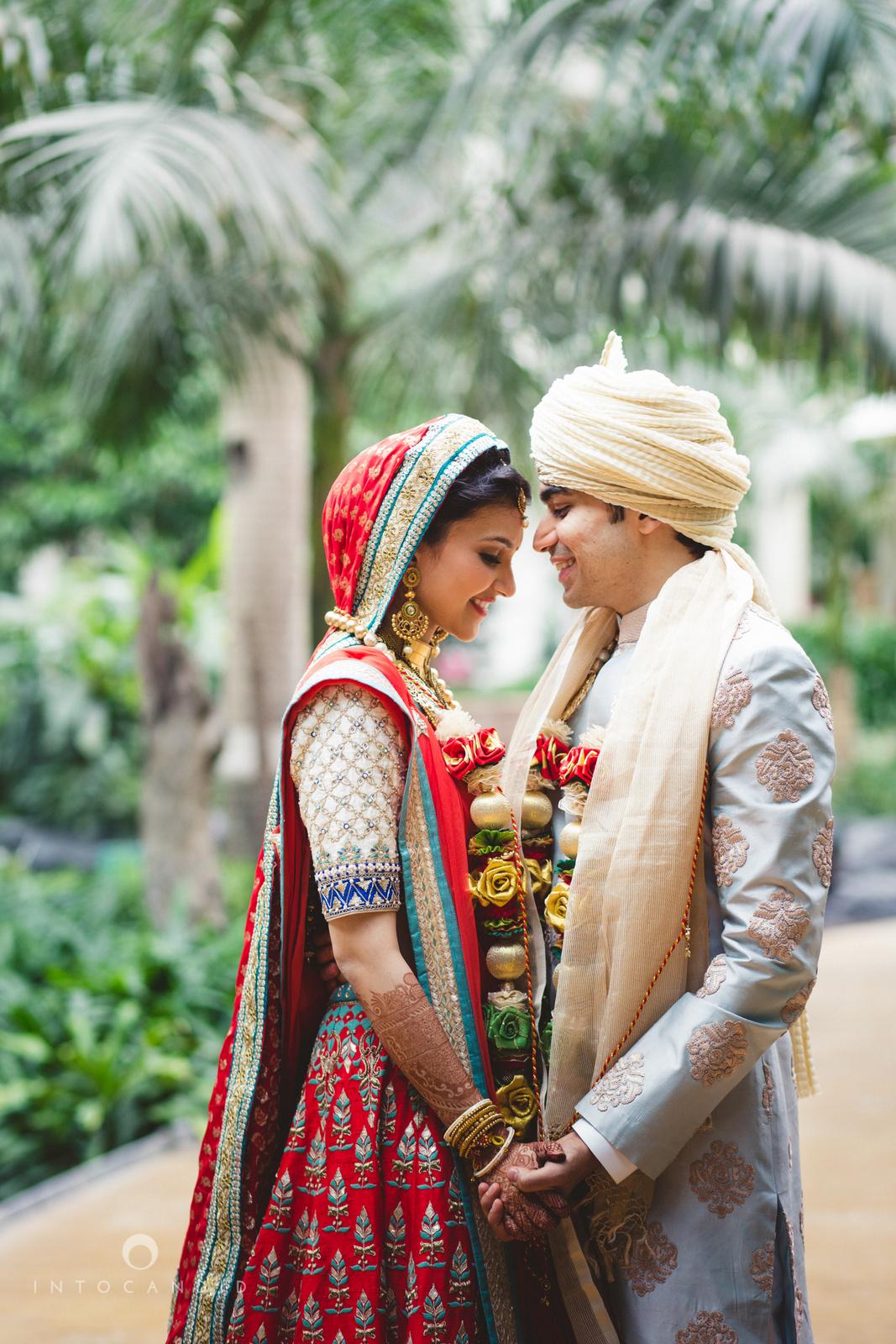saharastar-mumbai-hindu-wedding-photography-intocandid-ma-51.jpg