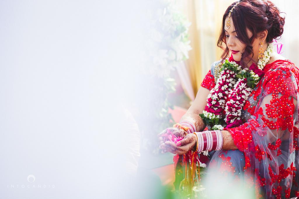 juhuhotel-mumbai-hindu-wedding-photography-intocandid-photography-nj-18.jpg