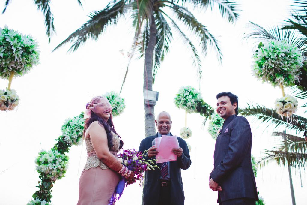 juhuhotel-mumbai-vowsexchange-photography-intocandid-photography-nj-44.jpg