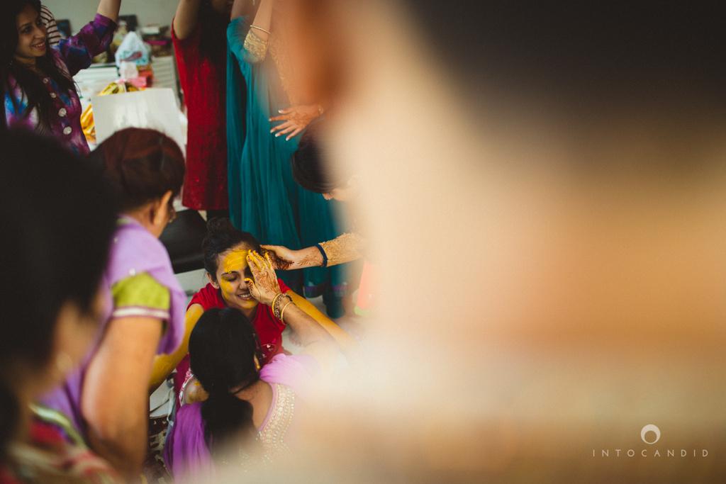 dubai-destination-wedding-into-candid-photography-haldi-pr-037.jpg