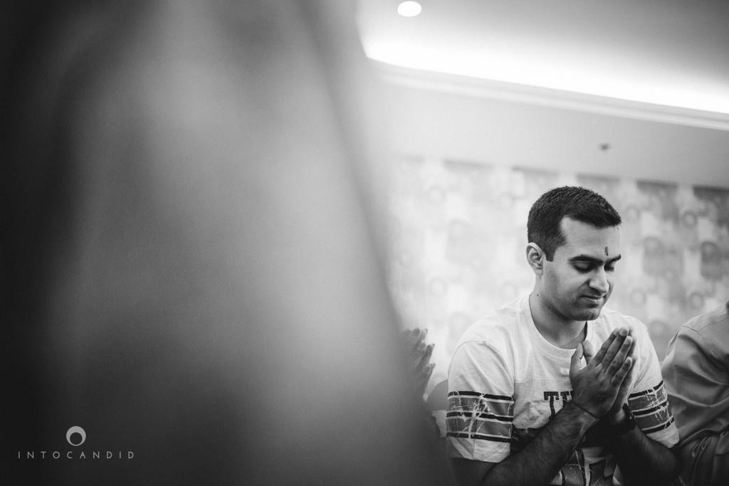 dubai-destination-wedding-into-candid-photography-haldi-pr-052.jpg