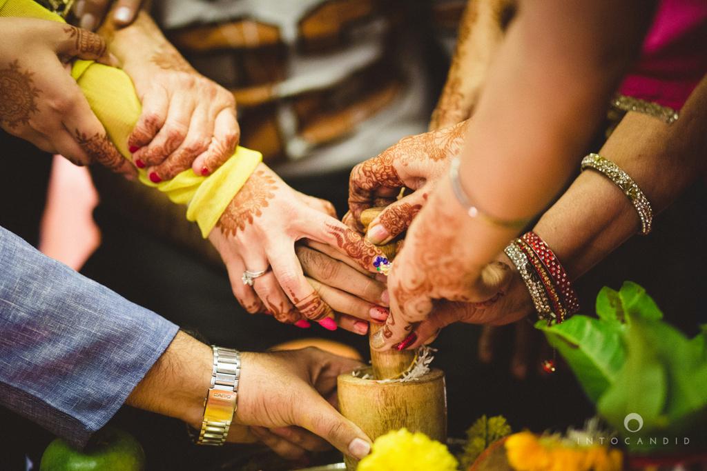 dubai-destination-wedding-into-candid-photography-haldi-pr-063.jpg