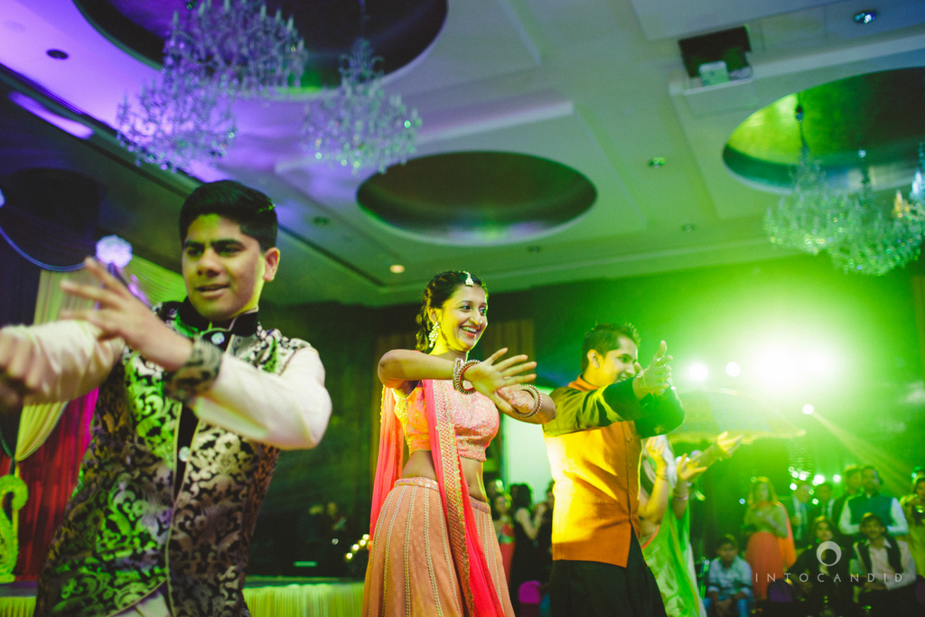 dubai-destination-wedding-into-candid-photography-sangeet-pr-094.jpg