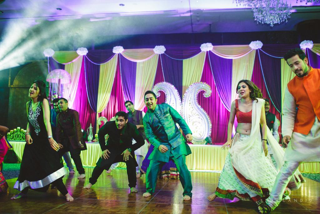 dubai-destination-wedding-into-candid-photography-sangeet-pr-095.jpg