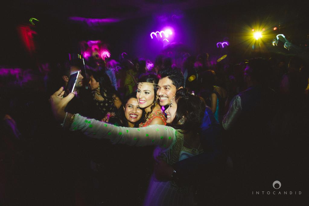 dubai-destination-wedding-into-candid-photography-sangeet-pr-111.jpg