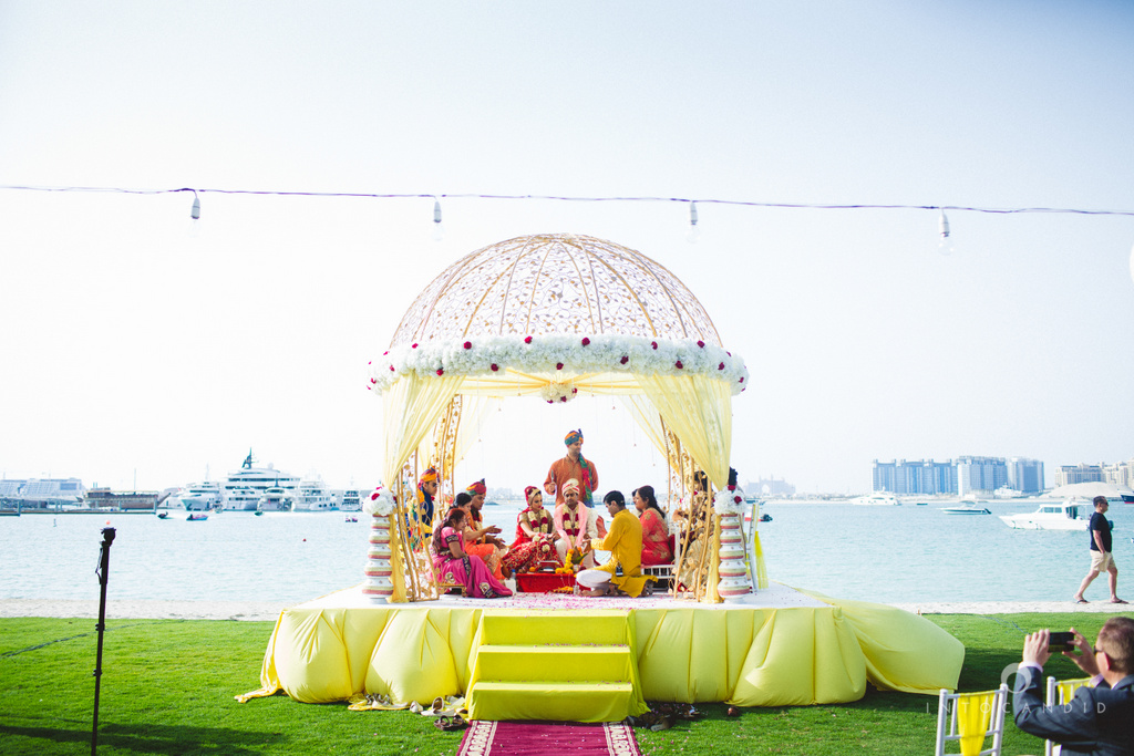 01-westin-dubai-destination-beach-wedding-into-candid-photography-pr-085.jpg