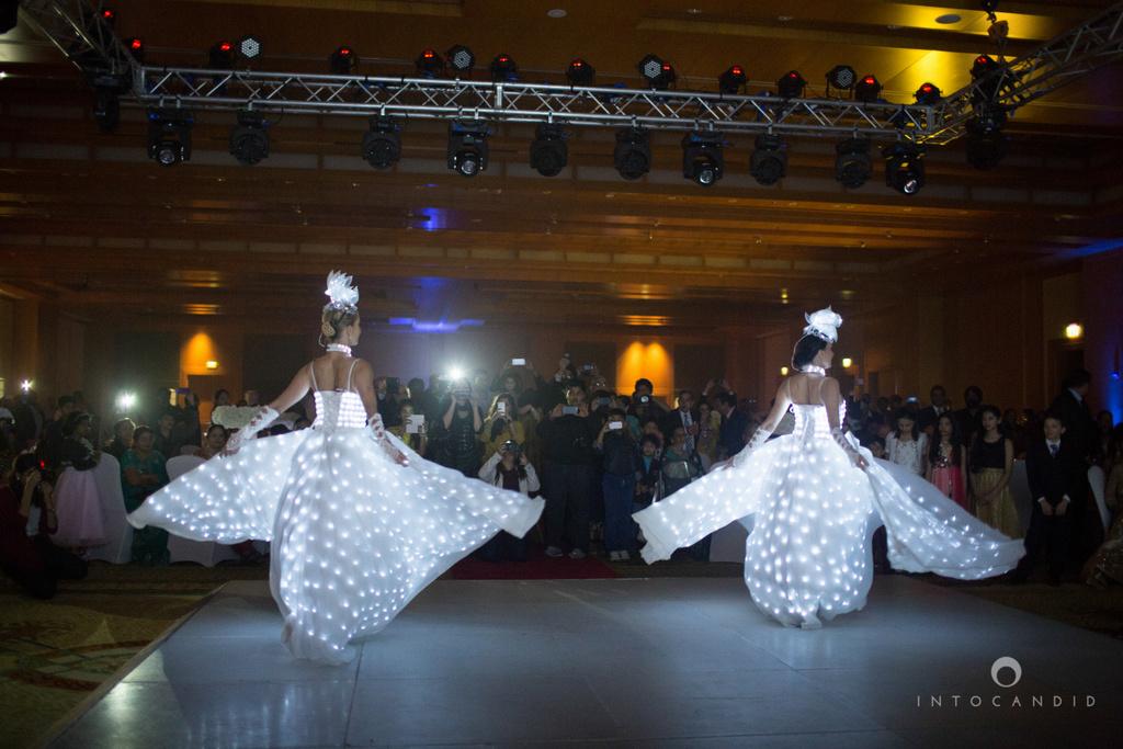 02-ritzcarltondifc-dubai-destination-wedding-reception-into-candid-photography-pr-163.jpg