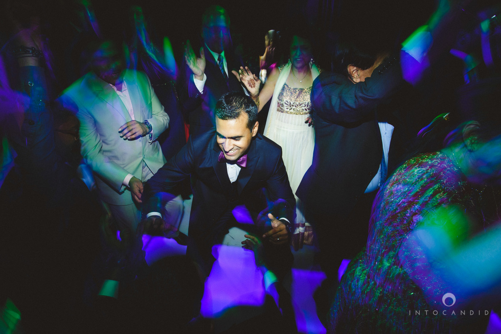 02-ritzcarltondifc-dubai-destination-wedding-reception-into-candid-photography-pr-195.jpg