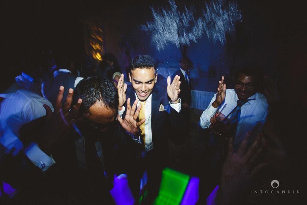 02-ritzcarltondifc-dubai-destination-wedding-reception-into-candid-photography-pr-203.jpg