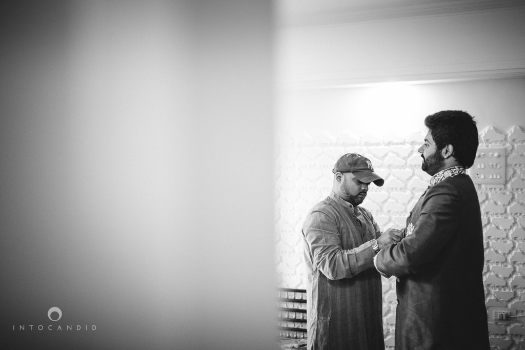 mumbai-pheras-intocandid-wedding-photography-ps-12.jpg