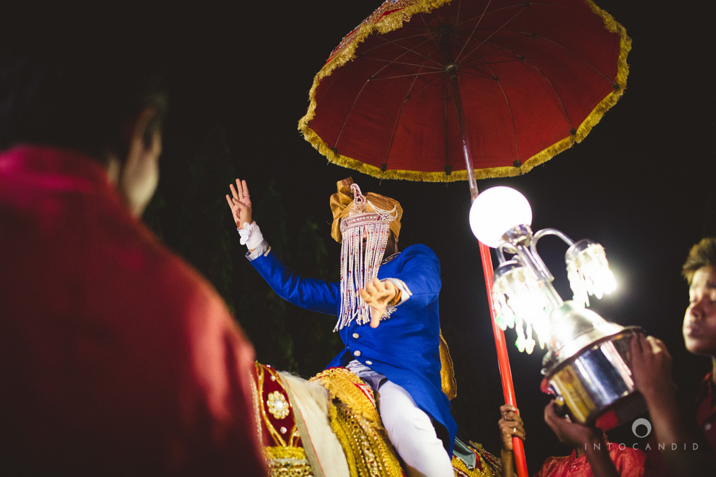 mumbai-pheras-intocandid-wedding-photography-ps-26.jpg