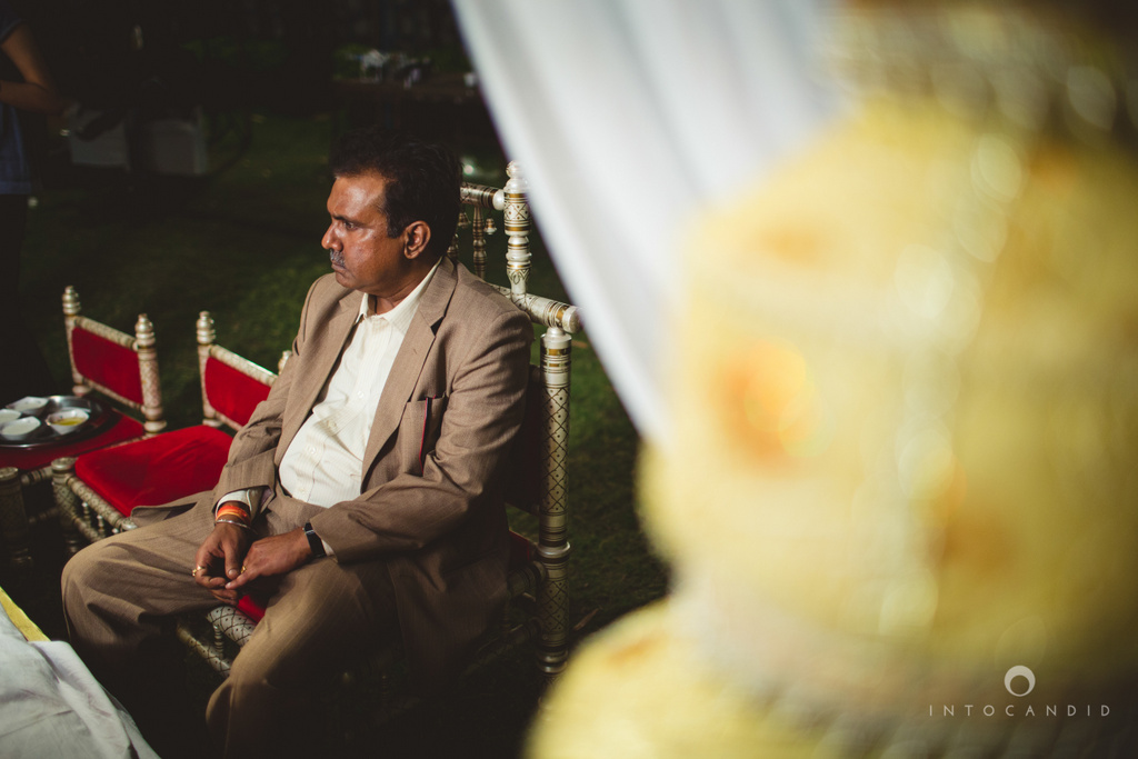 mumbai-pheras-intocandid-wedding-photography-ps-35.jpg