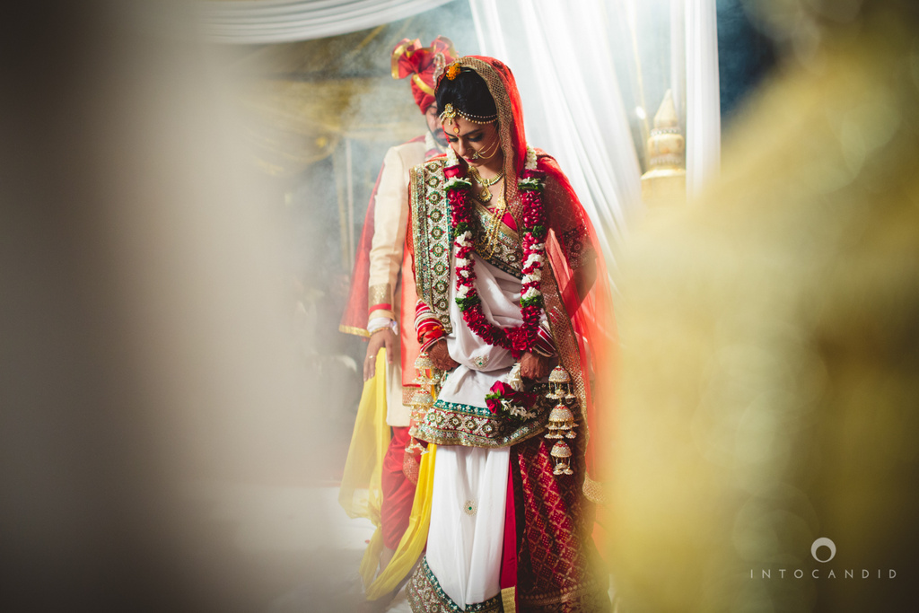 mumbai-pheras-intocandid-wedding-photography-ps-58.jpg