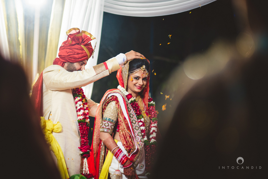 mumbai-pheras-intocandid-wedding-photography-ps-61.jpg