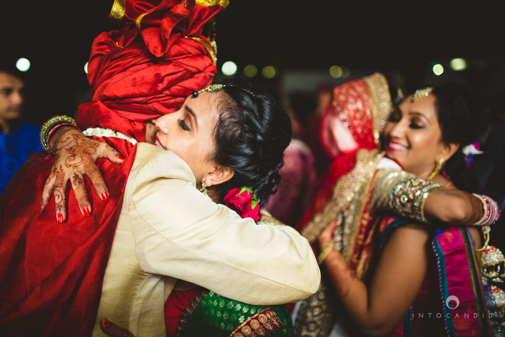 mumbai-pheras-intocandid-wedding-photography-ps-69.jpg
