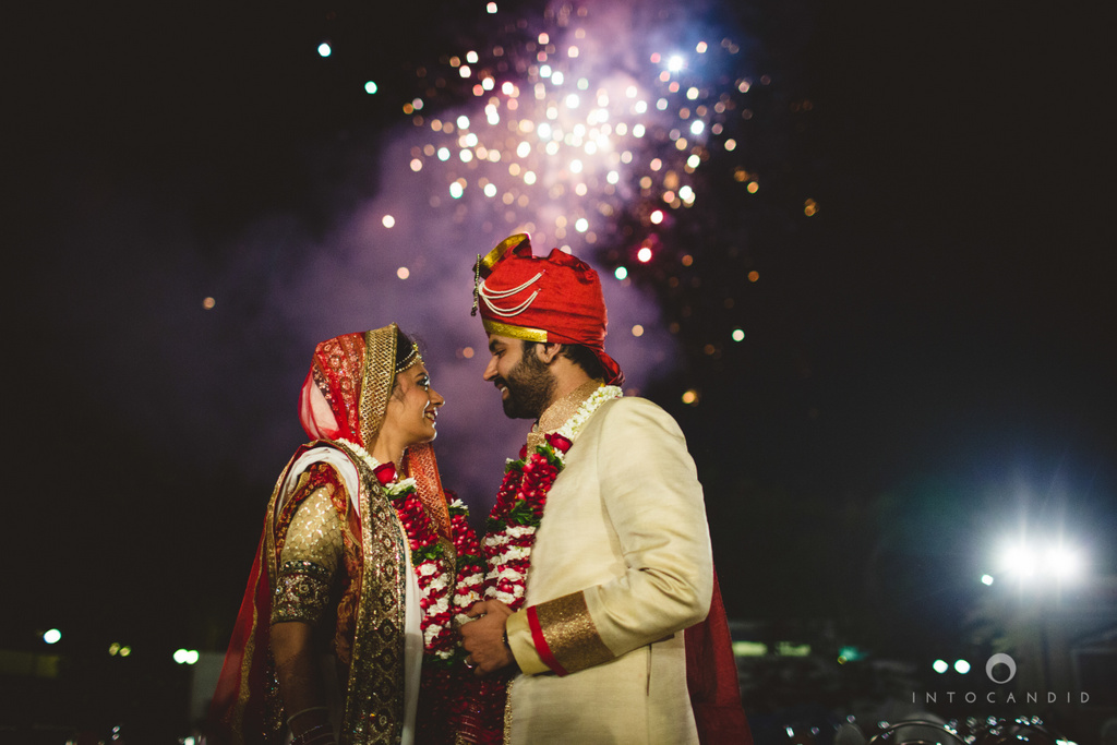 mumbai-pheras-intocandid-wedding-photography-ps-74.jpg