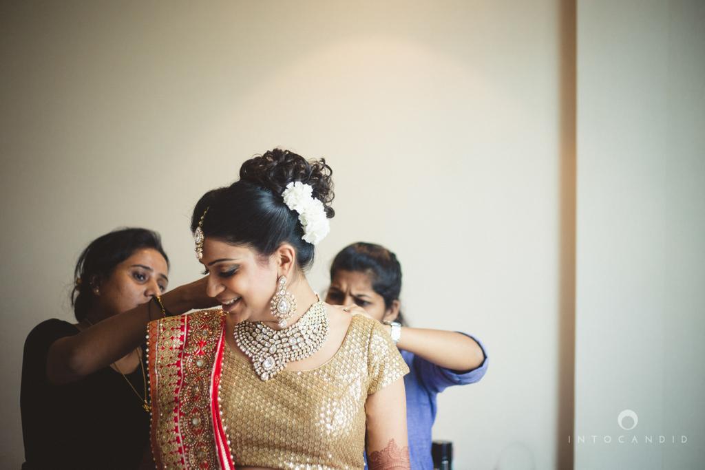pune-hilton-wedding-photographer-intocandid-ka-10.jpg