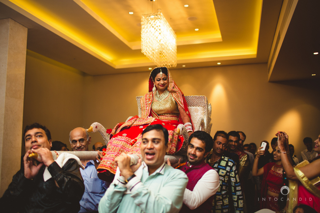 pune-hilton-wedding-photographer-intocandid-ka-28.jpg