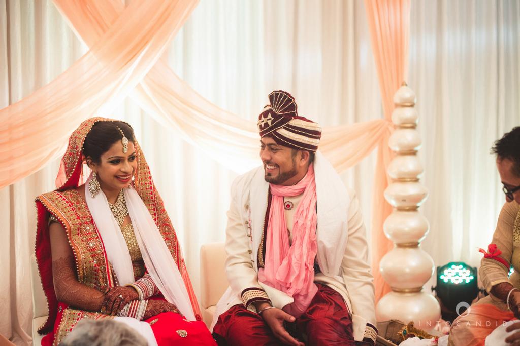 pune-hilton-wedding-photographer-intocandid-ka-32.jpg