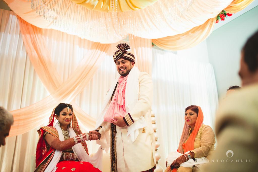pune-hilton-wedding-photographer-intocandid-ka-41.jpg