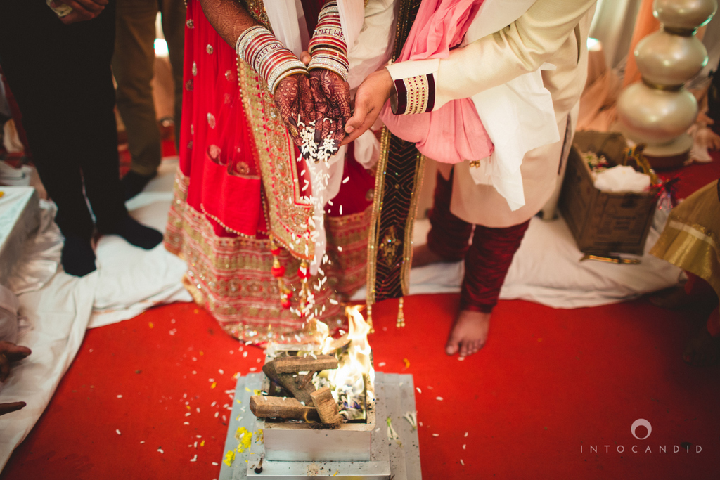 pune-hilton-wedding-photographer-intocandid-ka-43.jpg