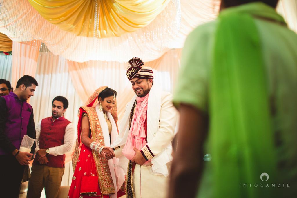 pune-hilton-wedding-photographer-intocandid-ka-44.jpg
