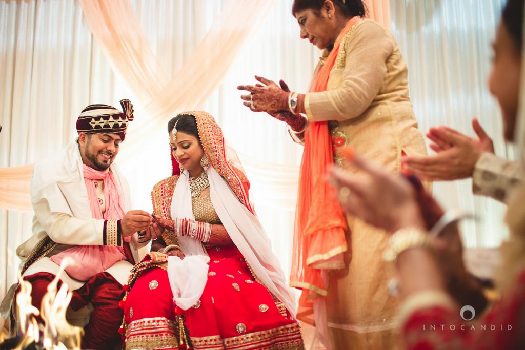 pune-hilton-wedding-photographer-intocandid-ka-50.jpg