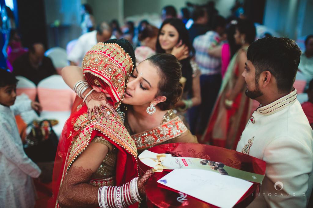 pune-hilton-wedding-photographer-intocandid-ka-55.jpg