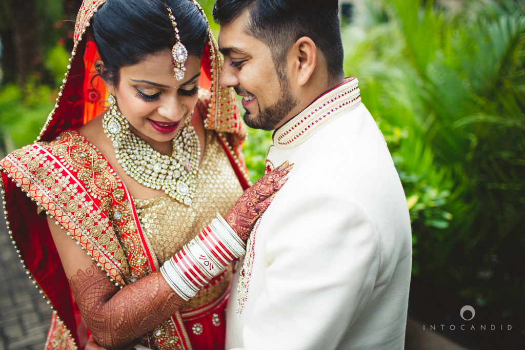 pune-hilton-wedding-photographer-intocandid-ka-61.jpg