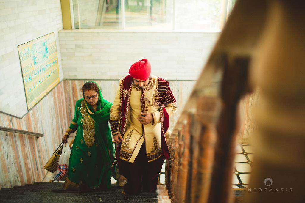 gurudwara-wedding-mumbai-photography-candid-jv-42.jpg