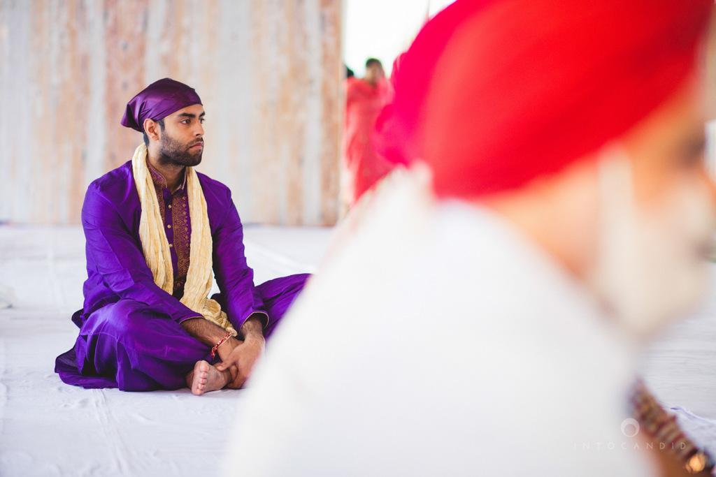 gurudwara-wedding-mumbai-photography-candid-jv-48.jpg