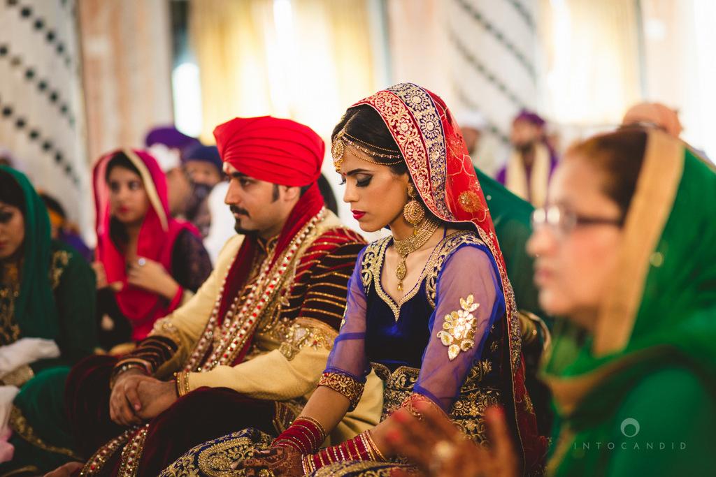 gurudwara-wedding-mumbai-photography-candid-jv-54.jpg