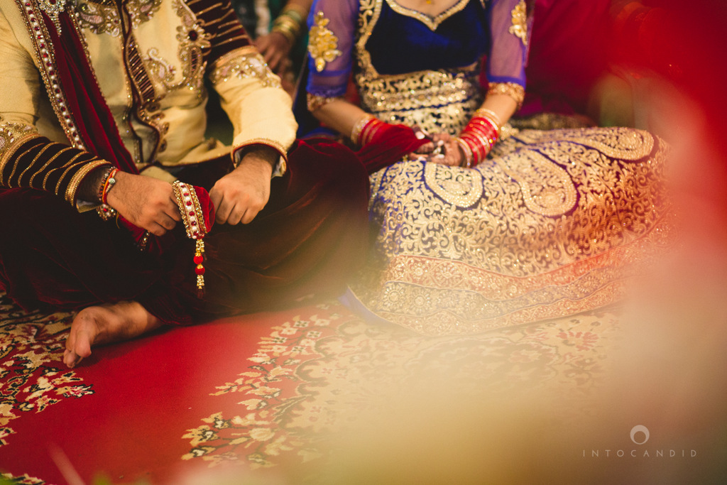 gurudwara-wedding-mumbai-photography-candid-jv-55.jpg