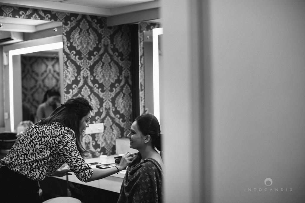 mumbai-gujarati-wedding-photographer-intocandid-photography-tg-005.jpg