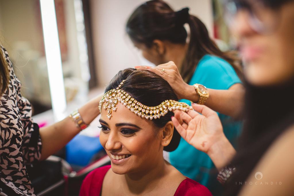 mumbai-gujarati-wedding-photographer-intocandid-photography-tg-008.jpg