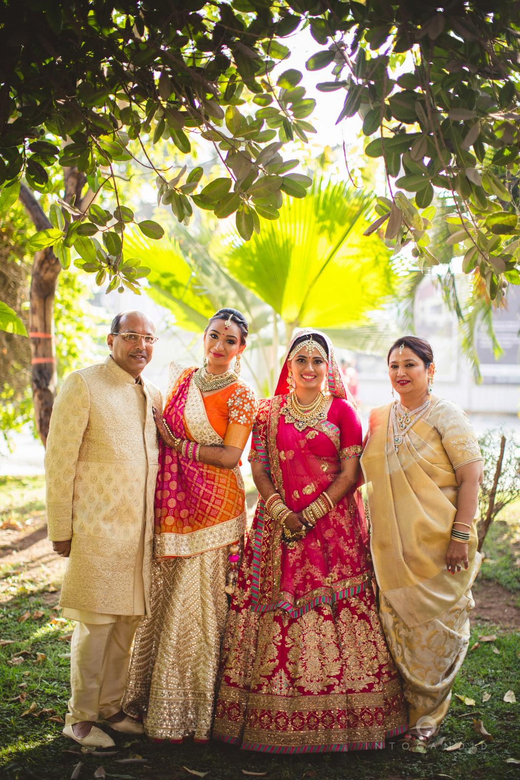 mumbai-gujarati-wedding-photographer-intocandid-photography-tg-028.jpg