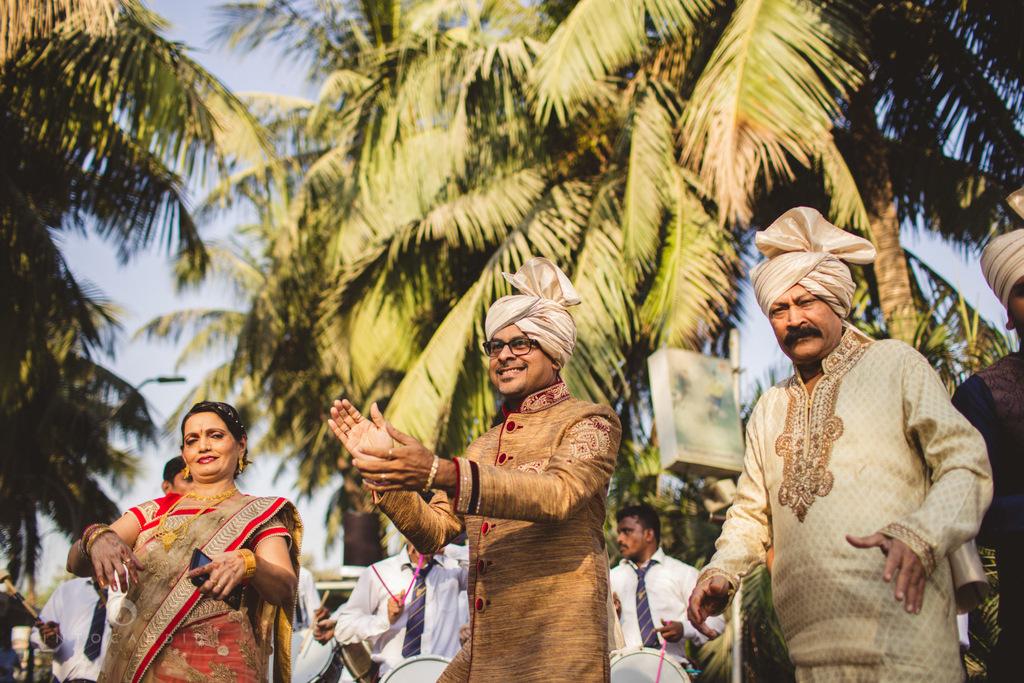 mumbai-gujarati-wedding-photographer-intocandid-photography-tg-035.jpg