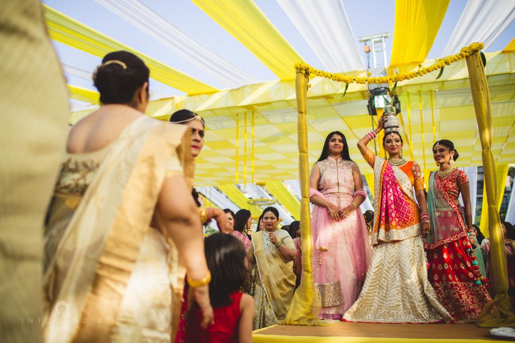 mumbai-gujarati-wedding-photographer-intocandid-photography-tg-039.jpg