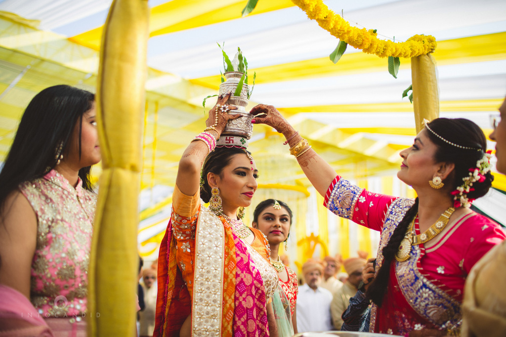 mumbai-gujarati-wedding-photographer-intocandid-photography-tg-040.jpg