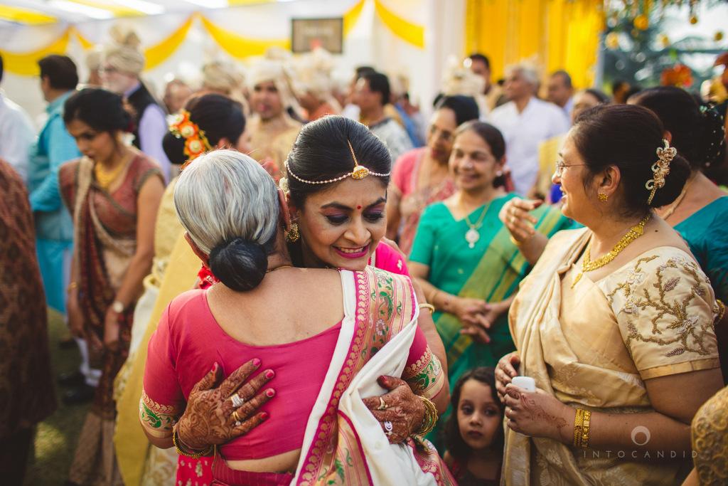mumbai-gujarati-wedding-photographer-intocandid-photography-tg-042.jpg