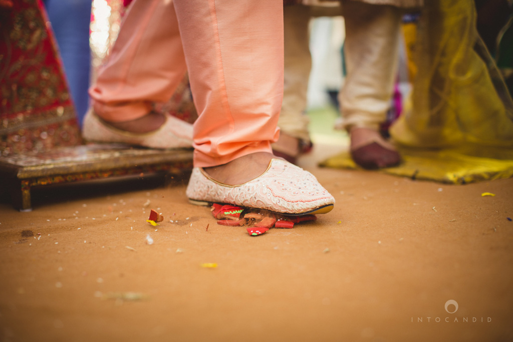 mumbai-gujarati-wedding-photographer-intocandid-photography-tg-050.jpg