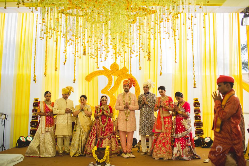 mumbai-gujarati-wedding-photographer-intocandid-photography-tg-053.jpg