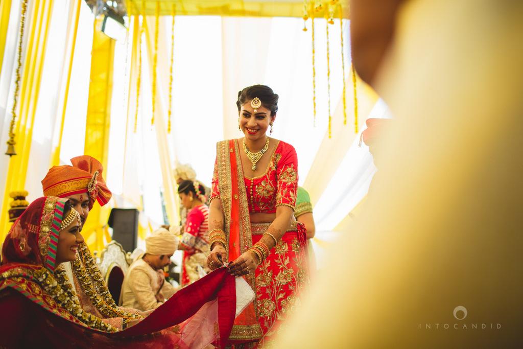 mumbai-gujarati-wedding-photographer-intocandid-photography-tg-057.jpg