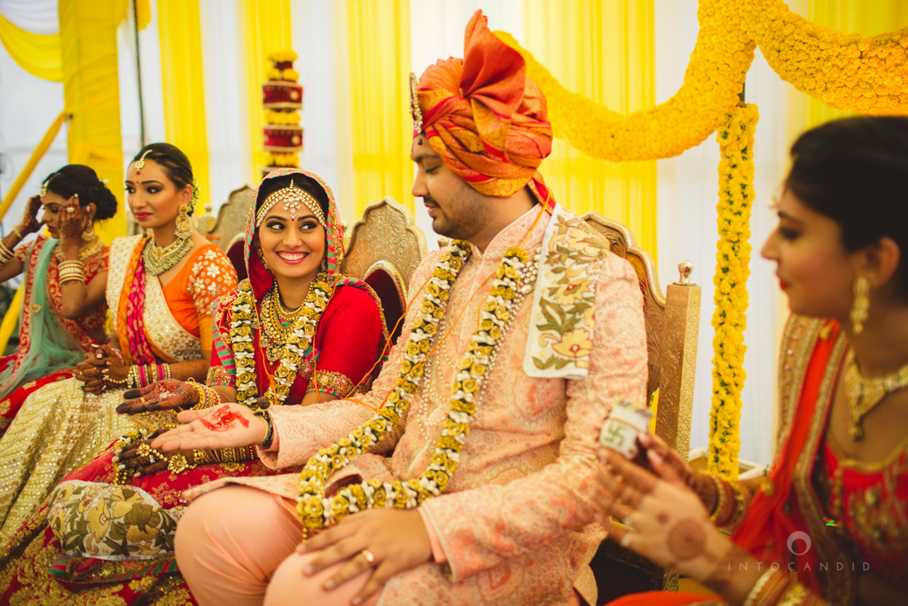 mumbai-gujarati-wedding-photographer-intocandid-photography-tg-058.jpg