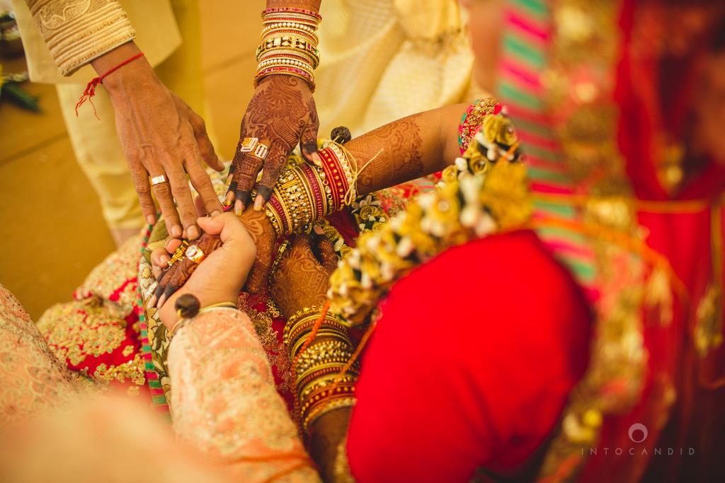 mumbai-gujarati-wedding-photographer-intocandid-photography-tg-067.jpg