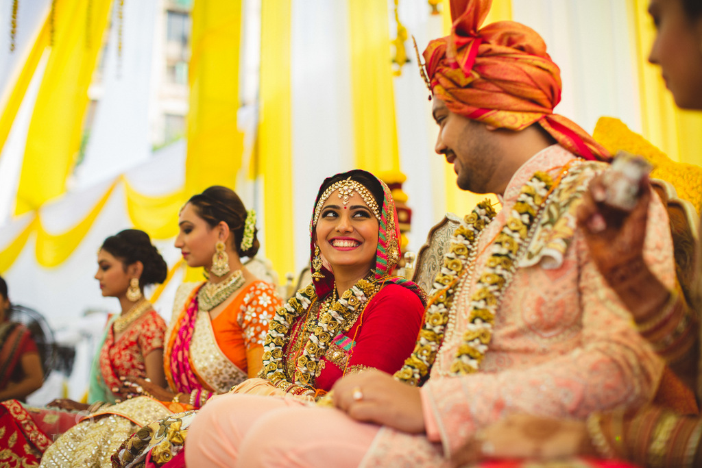 mumbai-gujarati-wedding-photographer-intocandid-photography-tg-068.jpg