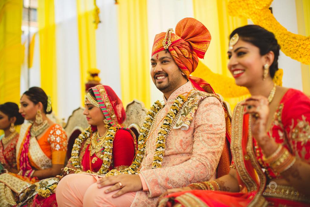 mumbai-gujarati-wedding-photographer-intocandid-photography-tg-071.jpg