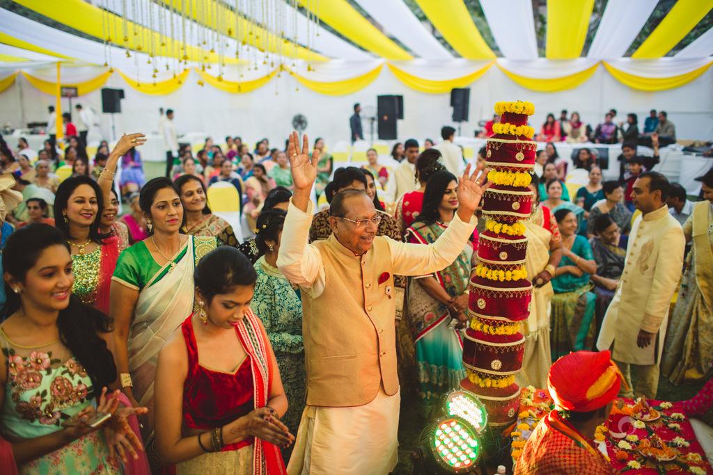 mumbai-gujarati-wedding-photographer-intocandid-photography-tg-082.jpg