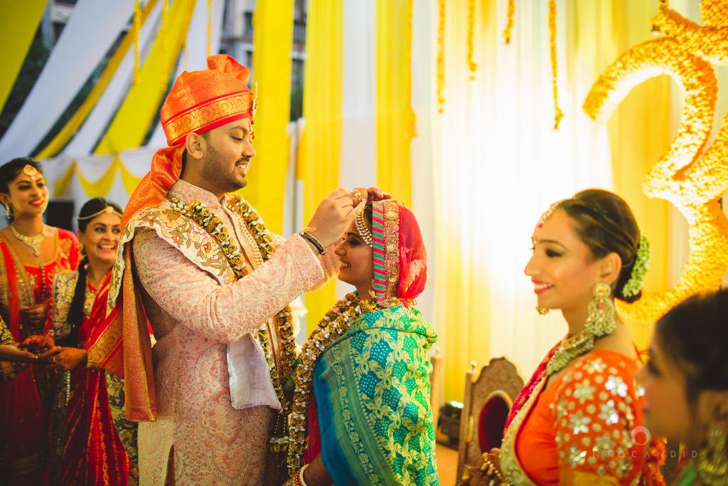 mumbai-gujarati-wedding-photographer-intocandid-photography-tg-090.jpg